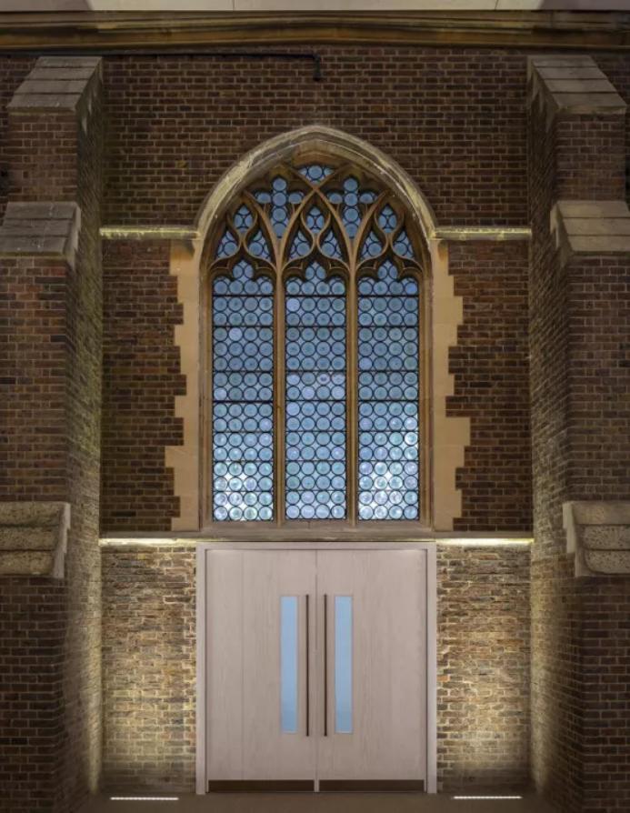 被评为最佳遗产项目的教堂,灯光竟然是这样做的-时光静好
